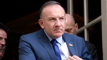 """Le patron du Medef, Pierre Gattaz, est un des signataires de ce """"cri d'alarme"""" lancé au gouvernement."""
