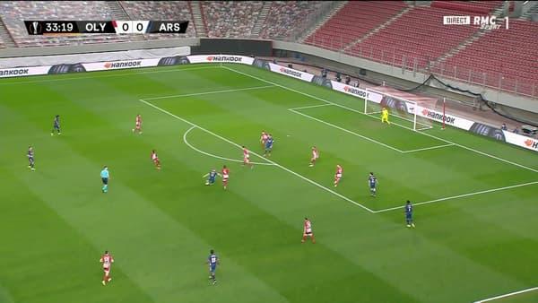 Le but de Martin Odegaard lors d'Olympiacos-Arsenal