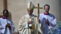 Le pape François célèbre la messe de Pâques place Saint-Pierre à Rome, dimanche.