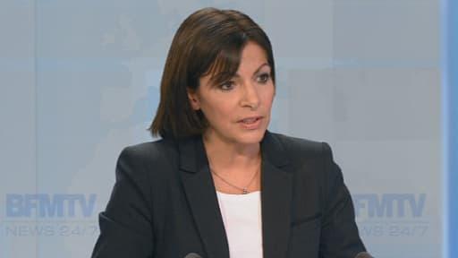 Anne Hidalgo a revendiqué une ligne social-démocrate, mercredi sur BFMTV.