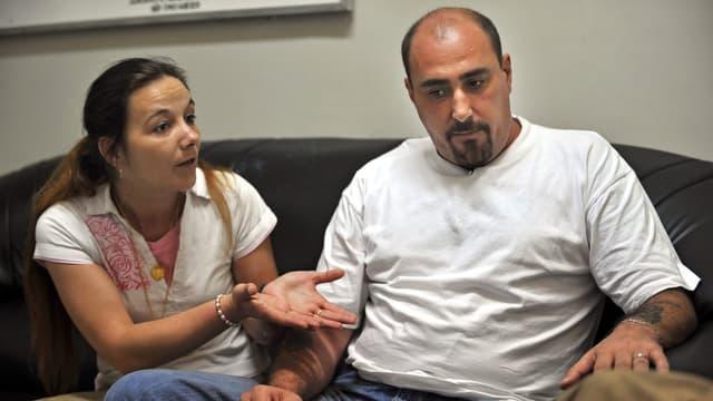 Sabine et son époux, Serge Atlaoui, dans le couloir de la mort en Indonésie.