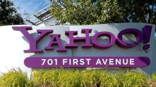 La stratégie de Marissa Mayer pour Yahoo peine à redresser les résultats du groupe.