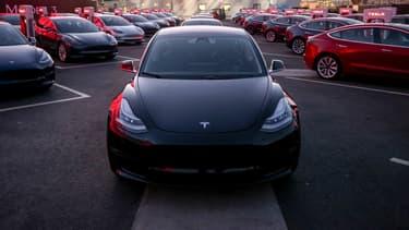 Une Model 3, le jour des premières livraisons aux clients, le 28 juillet dernier, en Californie.