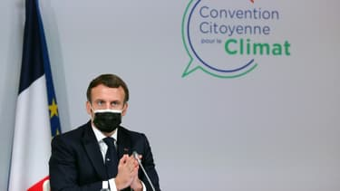 Le président Emmanuel Macron, lors d'un discours auprès des  membres de la Convention citoyenne pour le climat, le 14 décembre 2020, à Paris