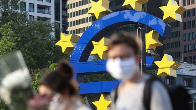 La production industrielle dans la zone euro poursuit son rebond, mais moins vite