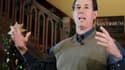 Rick Santorum lors d'un meeting de campagne à Perry, dans l'Iowa. A quelques heures du premier caucus de la primaire du parti républicain dans l'Iowa, mardi, tous les regards -et en premier lieu ceux de ses adversaires- sont tournés vers l'ancien sénateur
