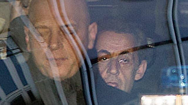 Nicolas Sarkozy arrive au pôle financier du palais de justice de Paris pour une audition avec un juge dans le dossier des frais de campagne (photo d'illustration)