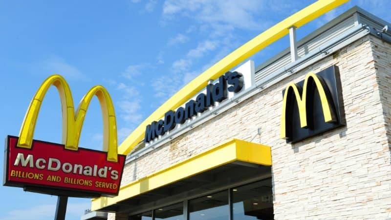 Licencié avec de fortes indemnités, l'ex-PDG de McDonald's est poursuivi par son ex-employeur