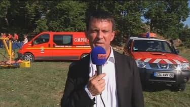 Manuel Valls le 9 août au micro de BFMTV, dans le sud de la France.