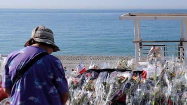 Un mémorial sur la Promenade des Anglais, à Nice, à la mémoire des victimes de l'attentat du 14 Juillet.