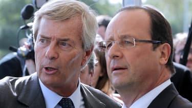 François Hollande a confirmé être intervenu en faveur de Vincent Bolloré auprès du président camerounais