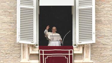 Des dirigeants de compagnies pétrolières rencontrent le pape François et d'autres responsables du Vatican, à l'initiative de l'université catholique américaine Notre Dame University.
