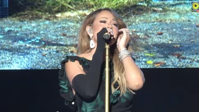 Mariah Carey en concert en Jamaïque, vendredi 30 janvier 2015.