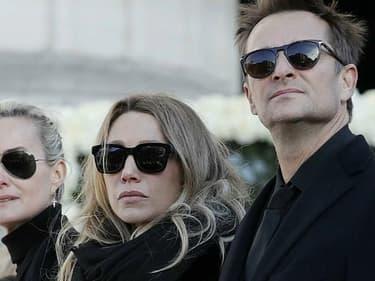 Laeticia Hallyday, Laura Smet et David Hallyday à l'hommage rendu à Johnny en décembre 2017.