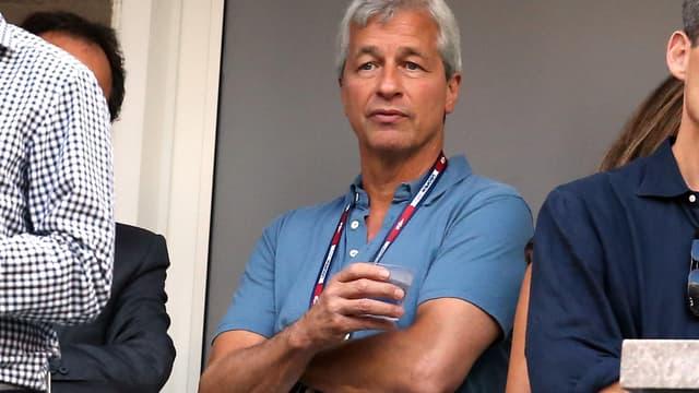Jamie Dimon, en septembre dernier, à l'US Open. Le patron de la banque JPMorgan, vétu d'un simple polo, venait de lancer une véritable petite révolution vestimentaire à Wall Street.