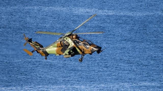 Un hélicoptère de l'OTAN aux dessus des eaux norvégiennes, en octobre 2018 (Photo d'illustration)