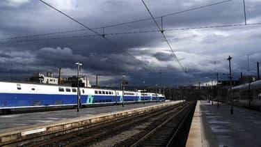 Le train a déraillé peu avant son arrivée à la gare Saint-Charles (ILLUSTRATION)