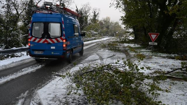 Un camion de la compagnie d'électricité Enedis, le 15 novembre 2019 en Ardèche