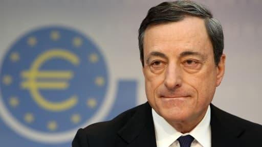 Mario Draghi, le président de la BCE, s'est montré inquiet du fort niveau de l'euro.