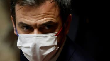 Le ministre de la Santé Olivier Véran, le 2 mars 2021 à Paris