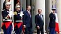 François Hollande et le Premier ministre grec Antonis Samaras, à l'Elysée. Des décisions rapides devront être prises sur la Grèce après le rapport de la troïka, a déclaré samedi François Hollande après une rencontre avec Antonis Samaras à Paris. /Photo pr