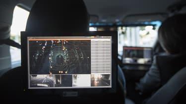 Les données de circulation n'intéressent pas que les constructeurs ou les garagistes. Assureurs et banquiers imaginent déjà les nouveaux services à mettre en place.