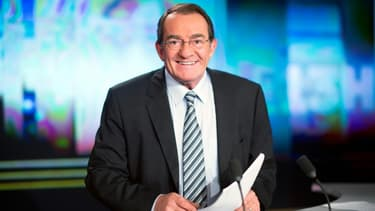 Le présentateur Jean-Pierre Pernaut dans les studios de TF1 à Boulogne-Billancourt, le 12 février 2015
