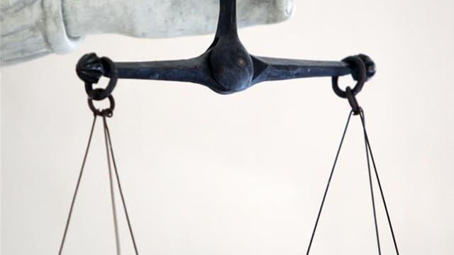 Les experts psychiatres se sont affrontés vendredi devant la cour d'assises de l'Ain autour du cas de Noëlla Hego et Stéphane Moitoiret, poursuivis pour le meurtre du petit Valentin, 10 ans, tué de 44 coups de couteau en juillet 2008 à Lagnieu (Ain). /Pho