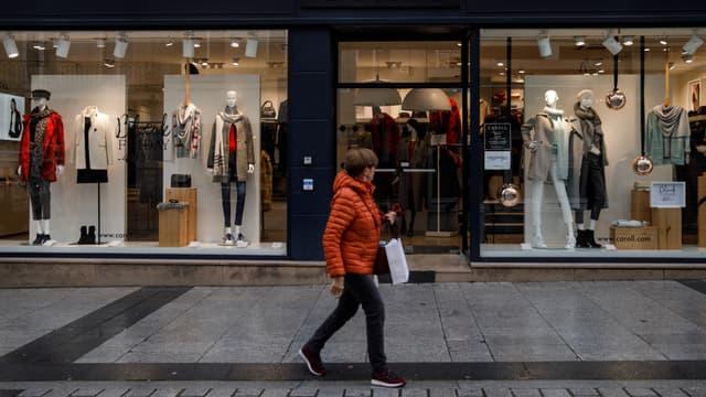 Caroll, créée en 1963, compte 470 points de vente et a réalisé un chiffre d'affaires de 172 millions d'euros sur l'exercice décalé 2019-20