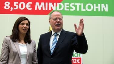 Depuis le 1er janvier, un salaire plancher équivalent à 8,50 euros de l'heure a été mis en place.