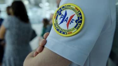 La police aux frontières, et la gendarmerie des transports aériens, sont particulièrement vigilants quant aux vols privés.