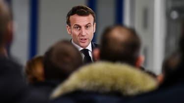 Emmanuel Macron dans le nord de la France en janvier 2020.