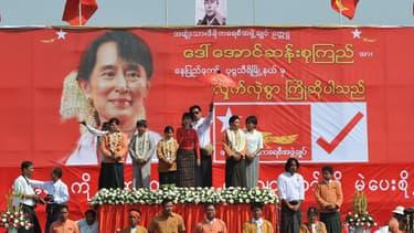 Discours d'Aung San Suu Kyi, le 6 mars 2012, en Birmanie.