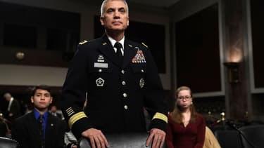 L'US Cyber Command (CyberCom) devient le 10e commandement de combat de l'armée américaine. A sa tête, devient le général Paul Nakasone qui a aussi pris la tête de la NSA
