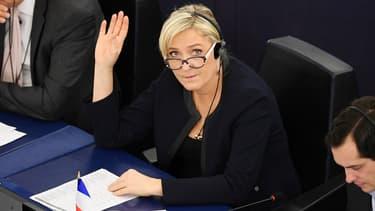Marine Le Pen lors d'un vote au Parlement européen, à Strasbourg, le 22 novembre 2016.