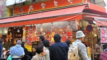 Au Japon, la Golden Week, une semaine de jours fériés, a vu un regain de la consommation. Reste à savoir si cela va durer.