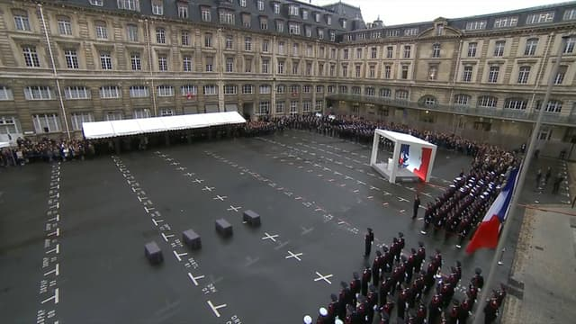La cérémonie d'hommage aux victimes de l'attaque à la préfecture de police de Paris, le 8 octobre 2019.
