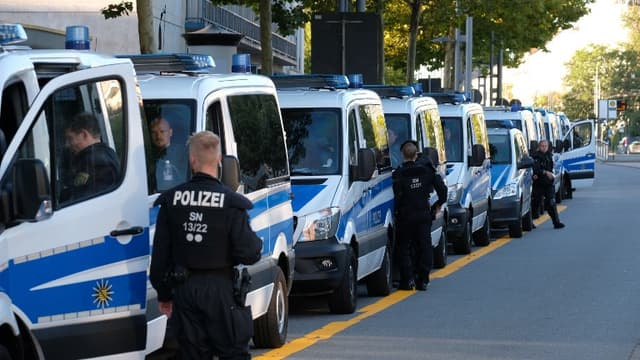 Un important dispositif policier a été déployé à Chemnitz, où un homme de 35 ans est mort en marge d'un festival local