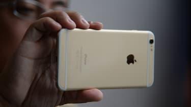 La région chinoise représente le deuxième plus gros marché d'Apple après les Etats-Unis.