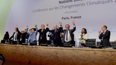 Laurent Fabius et François Hollande lors de la COP21.