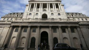La banque d'Angleterre maintient son taux directeur