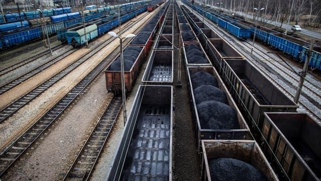 Wagons de charbons à Rybnik, en Pologne
