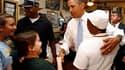 Barack Obama en visite dimanche dans un restaurant de La Nouvelle-Orléans. A l'occasion du cinquième anniversaire des dévastations causées par Katrina, le président américain s'est engagé à achever les travaux de remise en état des zones de la côte du Gol