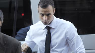 Oscar Pistorius à son arrivée au tribunal de Pretoria, le 11 avril 2014.