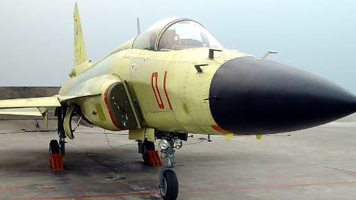 Le FC-1 est un avion développé en partenariat entre la Chine et le Pakistan. La Chine fournit 54% de l'armement pakistanais.