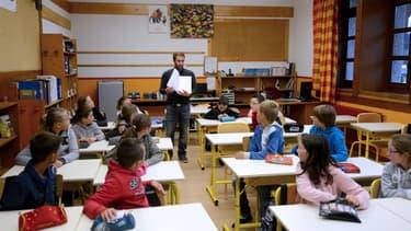 Najat Vallaud-Belkacem a annoncé que les professeurs de écoles seraient augmentés en 2016.