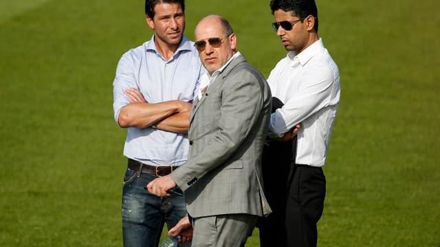 Maxwell, en bonne compagnie sur le terrain d'entraînement du PSG.