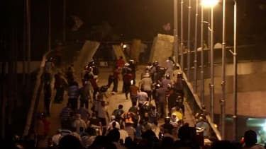 Le heurts ont fait au moins 17 morts et des centaines de blessés vendredi, jour de mobilisation des Frères musulmans.