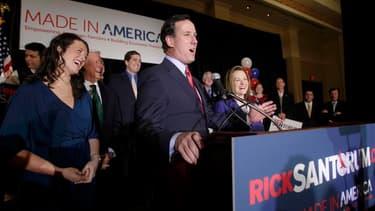 L'ancien sénateur de Pennsylvanie Rick Santorum s'est relancé mardi dans la course à l'investiture républicaine pour l'élection présidentielle américaine de novembre en remportant coup sur coup la primaire du Missouri ainsi que les caucus du Minnesota et