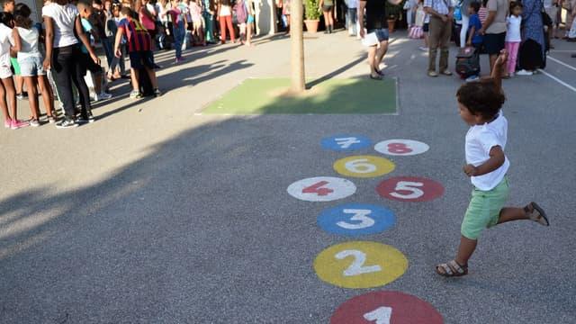Une cour de récréation dans une école primaire de Marseille (PHOTO D'ILLUSTRATION).